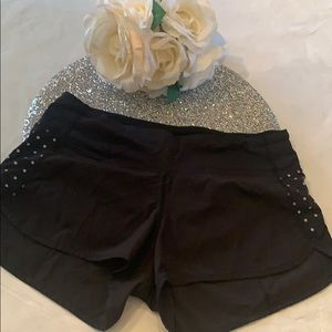 Lululemon Reflective dot speed shorts